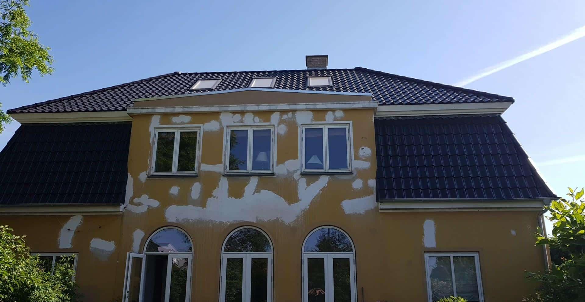 nyt-flot-tegltag-hilleroed-1